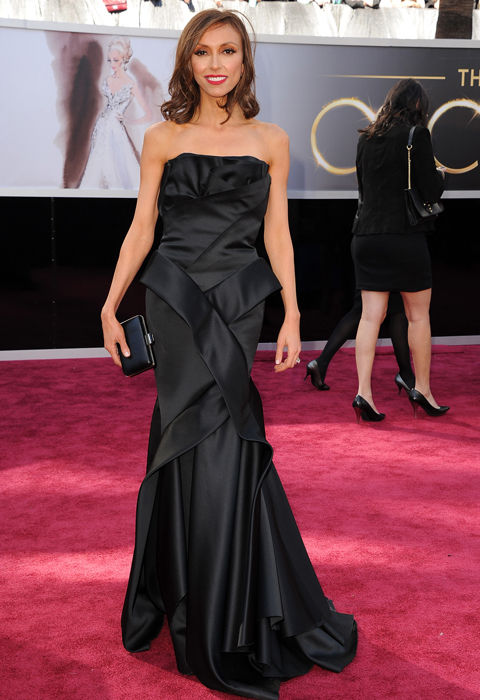 guiliana_rancic_2013_oscars_red_carpet_18il4ek-18il4en